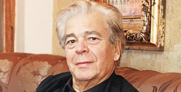ΓΙΑΝΝΗΣ ΜΟΡΤΖΟΣ: 'ΌΤΑΝ Ο ΝΕΟΣ ΗΘΟΠΟΙΟΣ ΞΕΚΙΝΗΣΕΙ ΑΠΟ ΤΗΝ ΤΗΛΕΟΡΑΣΗ, ΘΑ ΚΑΤΑΣΤΡΑΦΕΙ ΟΠΩΣΔΗΠΟΤΕ'