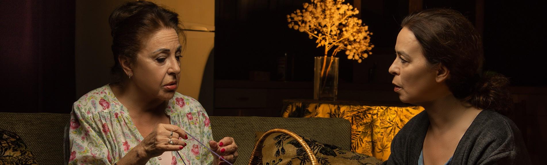 ΟΙ ΠΡΩΤΕΣ ΦΩΤΟΓΡΑΦΙΕΣ ΤΗΣ ΠΑΡΑΣΤΑΣΗΣ 'ΚΑΛΗΝΥΧΤΑ ΜΗΤΕΡΑ'