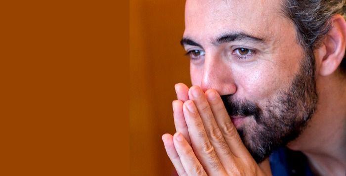 Ο ΛΕΥΤΕΡΗΣ ΓΙΟΒΑΝΙΔΗΣ ΜΙΛΑ ΓΙΑ ΤΗΝ ΠΑΡΑΣΤΑΣΗ 'Ο ΕΜΙΛ ΚΑΙ ΟΙ ΝΤΕΤΕΚΤΙΒ'