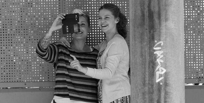 Η ΛΙΛΑ ΜΠΑΚΛΕΣΗ ΣΤΟ ΦΙΛΜ ΜΙΚΡΟΥ ΜΗΚΟΥΣ 'ΓΡΑΜΜΑΤΑ ΣΤΗ ΓΕΡΜΑΝΙΑ'