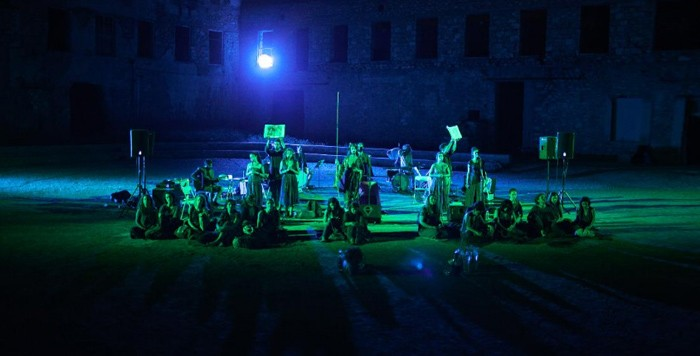 'ΒΑΚΧΕΣ: ΜΙΑ ΛΕΙΤΟΥΡΓΙΑ' ΤΗΣ ΜΑΡΘΑΣ ΦΡΙΝΤΖΗΛΑ ΣΤΟ ΑΡΧΑΙΟ ΣΤΑΔΙΟ ΕΠΙΔΑΥΡΟΥ